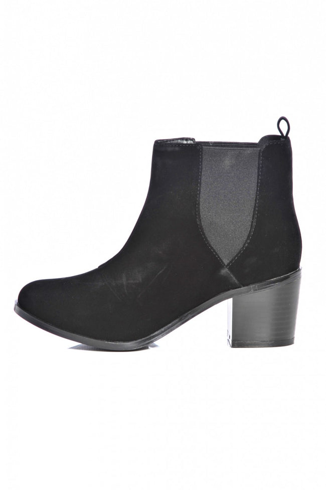 Plain Small  Heeled Back Boot