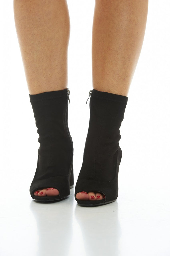 Black Heeled Boots with Cut Out