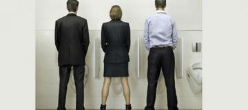 What Men think of when they're peeing?