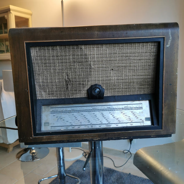 Vieille radio vintage Bluetooth Ora