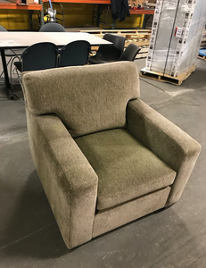 Traditional Club Chair