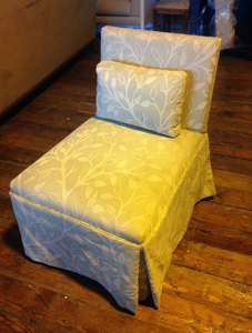 Slipper Chair with Pillow