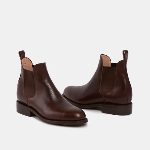 Pedro Men's Chelsea Boot with Tire Sole, Chocolate