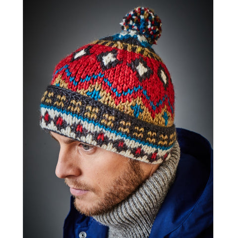 Peak Bobble Hat
