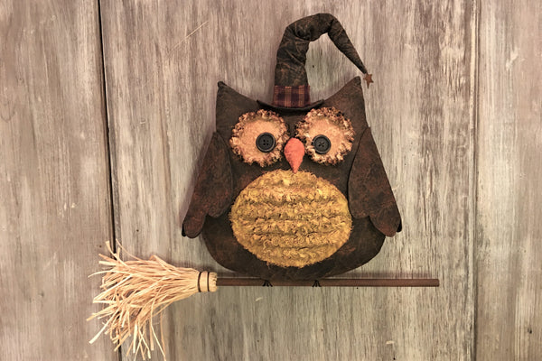 "12 1/2"" Halloween Owl on Broom - handmade - Sew Many Prims"