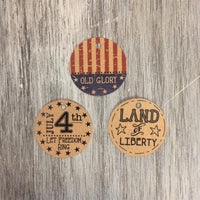 "1 1/4"" round tags with Americana theme"