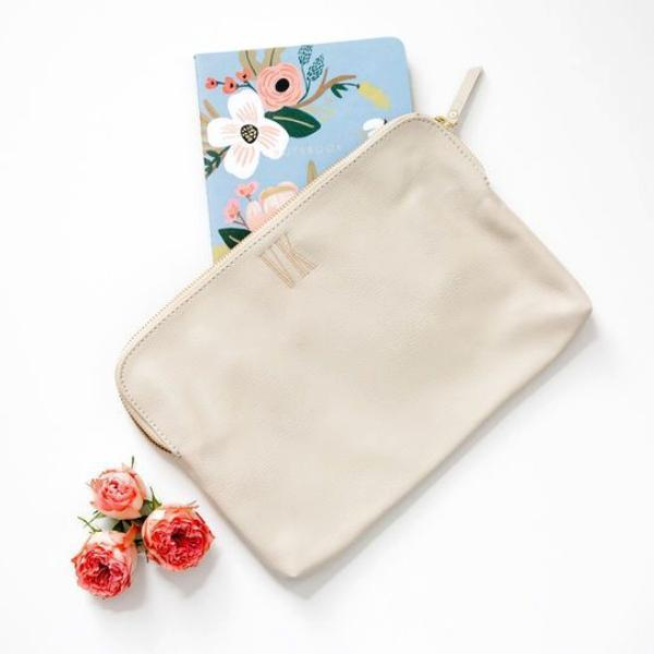 The Minimalist Pouch