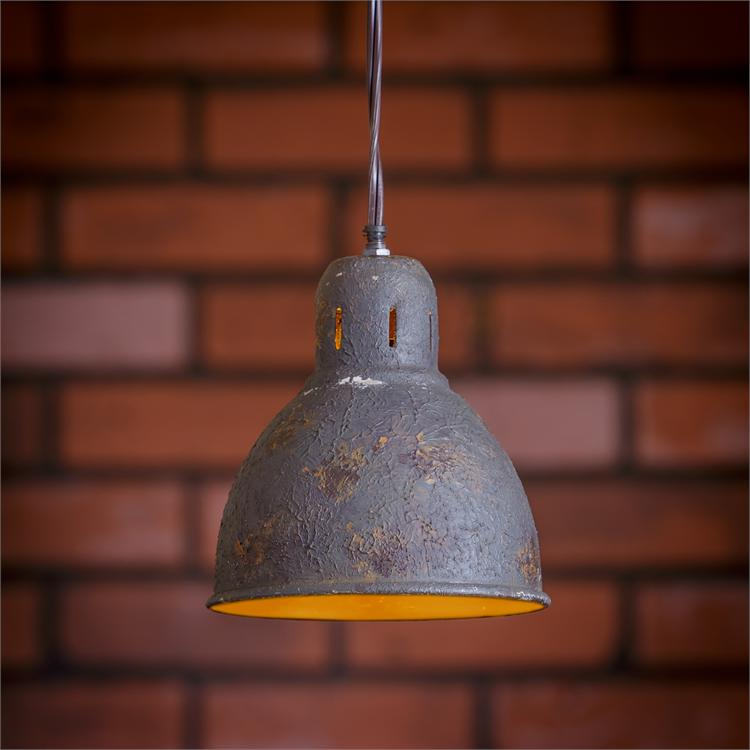 WEATHERED PENDANT LIGHT