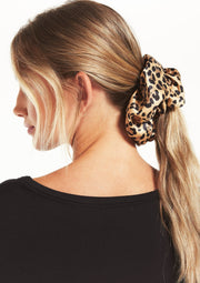 Z Supply OVERSIZED LEOPARD SCRUNCHIE - Whim BTQ
