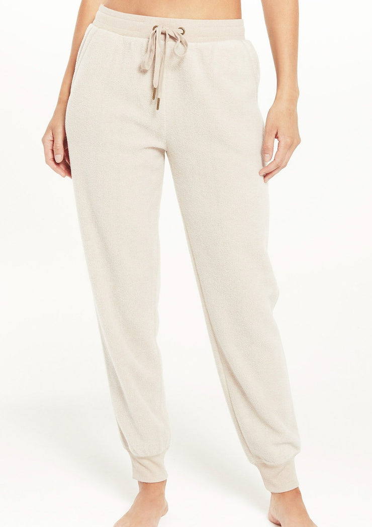 Z Supply LAZY DAYS FLEECE JOGGER in Birch - Whim BTQ