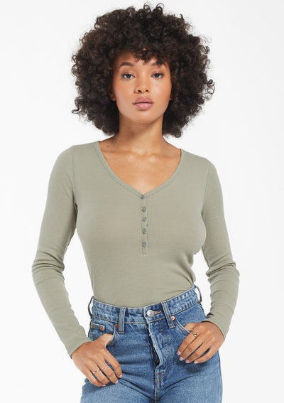Z Supply BLAINE RIB LONG SLEEVE HENLEY in Meadow Green - Whim BTQ