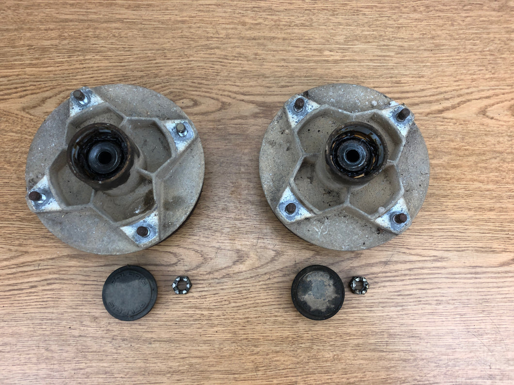 1993-2001 Polaris 400L 2x4 Trail Boss Blazer Magnum Right Left Front Hubs