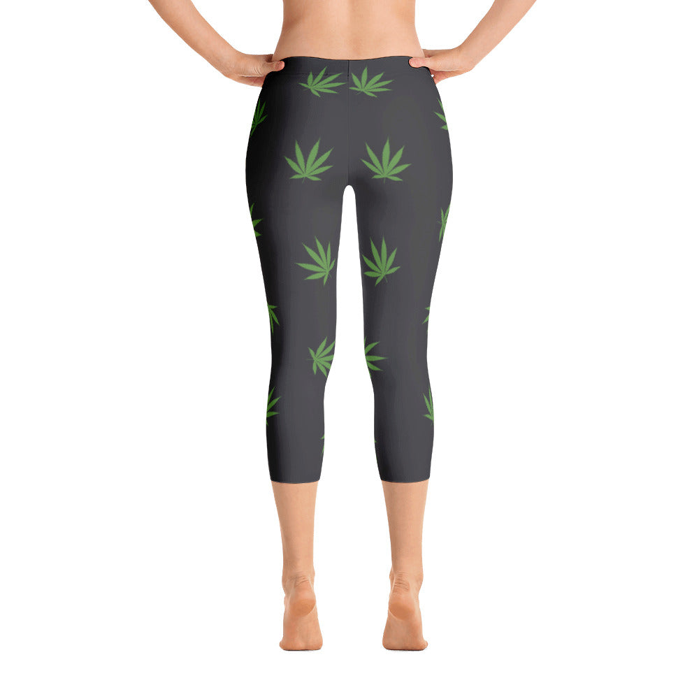 Big Leafy black - Capri Leggings - Herban Apparel