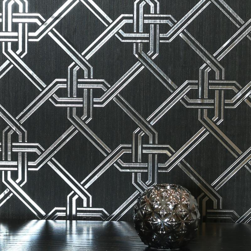 Foil Geometric Link Gianni Black and Silver Wallpaper