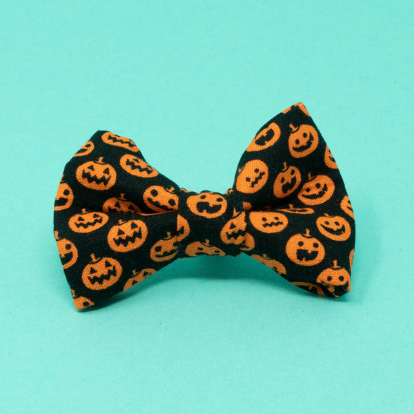 Pumpkins Halloween Bow Tie - The Woof Warehouse