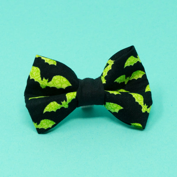 Bats Halloween Bow Tie - The Woof Warehouse