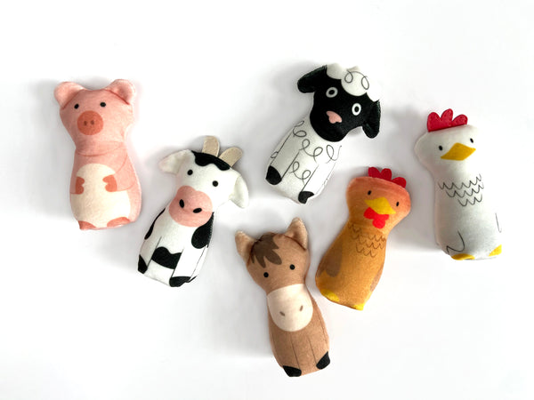 bundle: cow, horse, and rooster plushes with barn play set