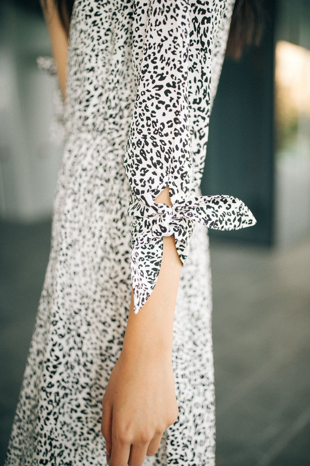 Elle Leopard Midi Dress