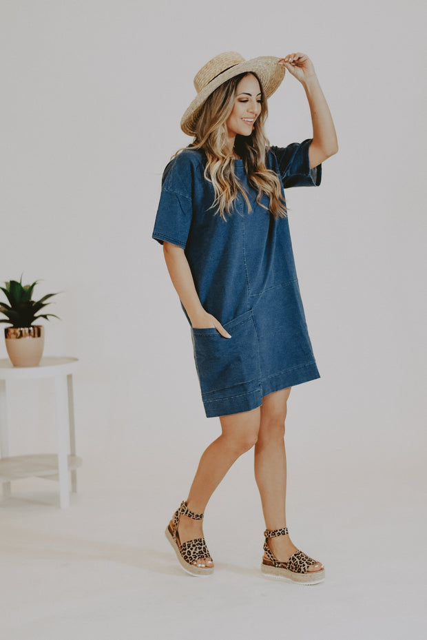 Demi T-Shirt Dress