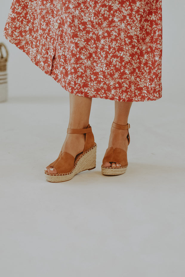 Amara Espadrille Wedges in Camel