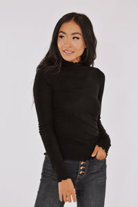 Ribbed Mock Neck in Black