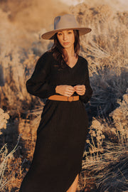 Clove Sweater Dress in Black