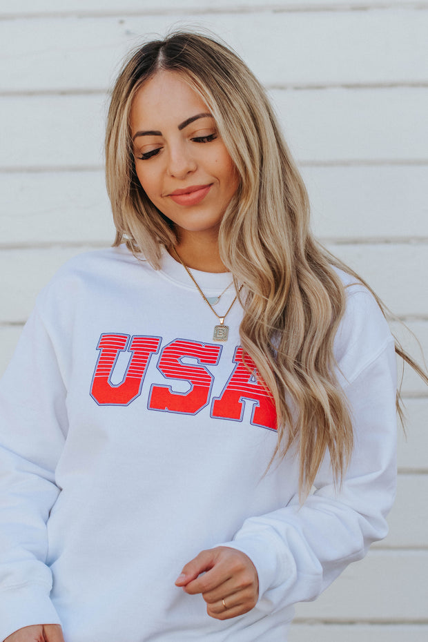 USA Pullover in White