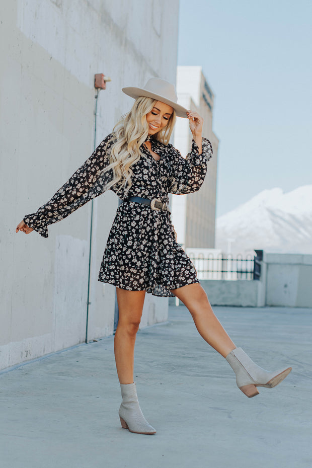 Reese Floral Dress in Black