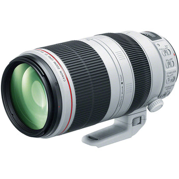 Canon EF 100-400mm f/4.5-5.6L IS II USM Lens with Advance Striker Bundle: Includes – SD Card Reader, 3pc Filter Set, Cleaning Kit, Large Monopod, and Lens Pouch.