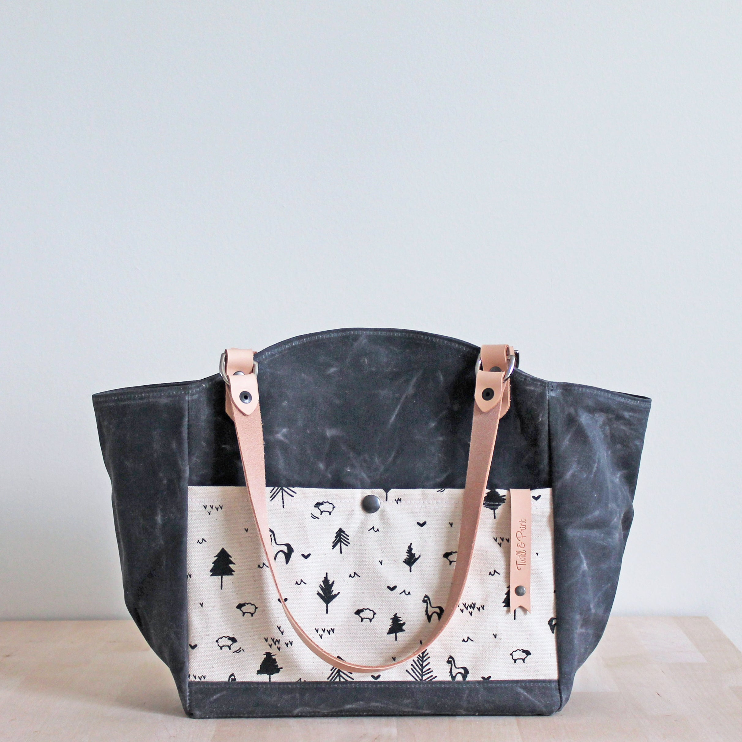Abettor Tote Bag (4 Styles)
