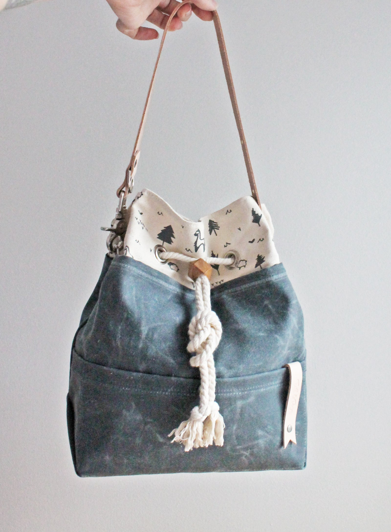 Spring Collection Waxed Canvas Drawstring Bag (3 Styles)