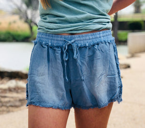 Chambray Frayed Shorts