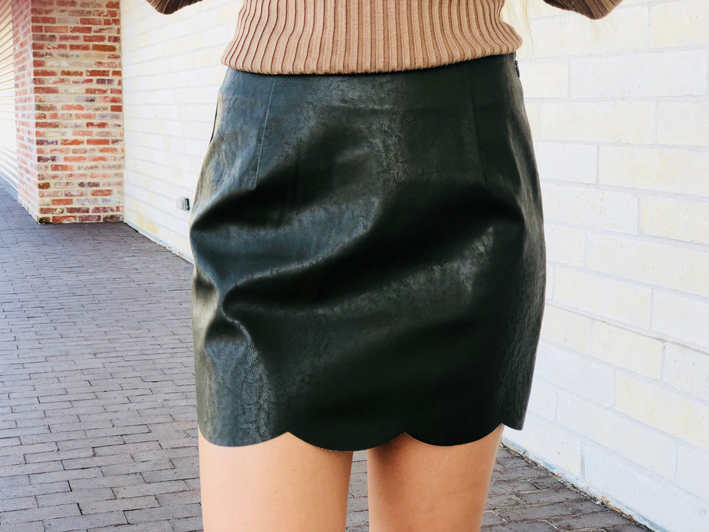 Scalloped Leather Skirt - Olive