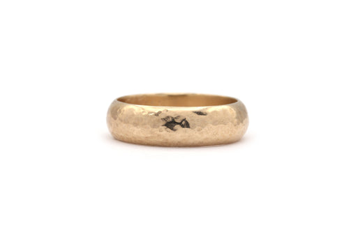 hammere finish wedding band 14k yellow gold