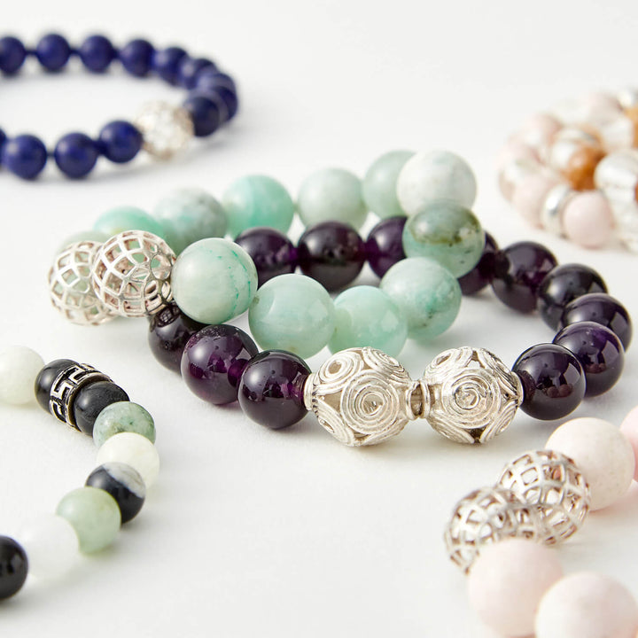 10  HEALING GEMSTONES BRACELETS TO HELP WITH YOUR MOOD SWINGS