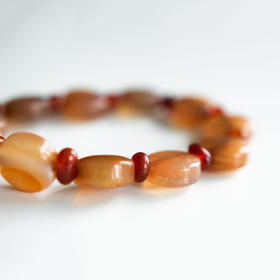 golden agate healing gemstones bracelet side view