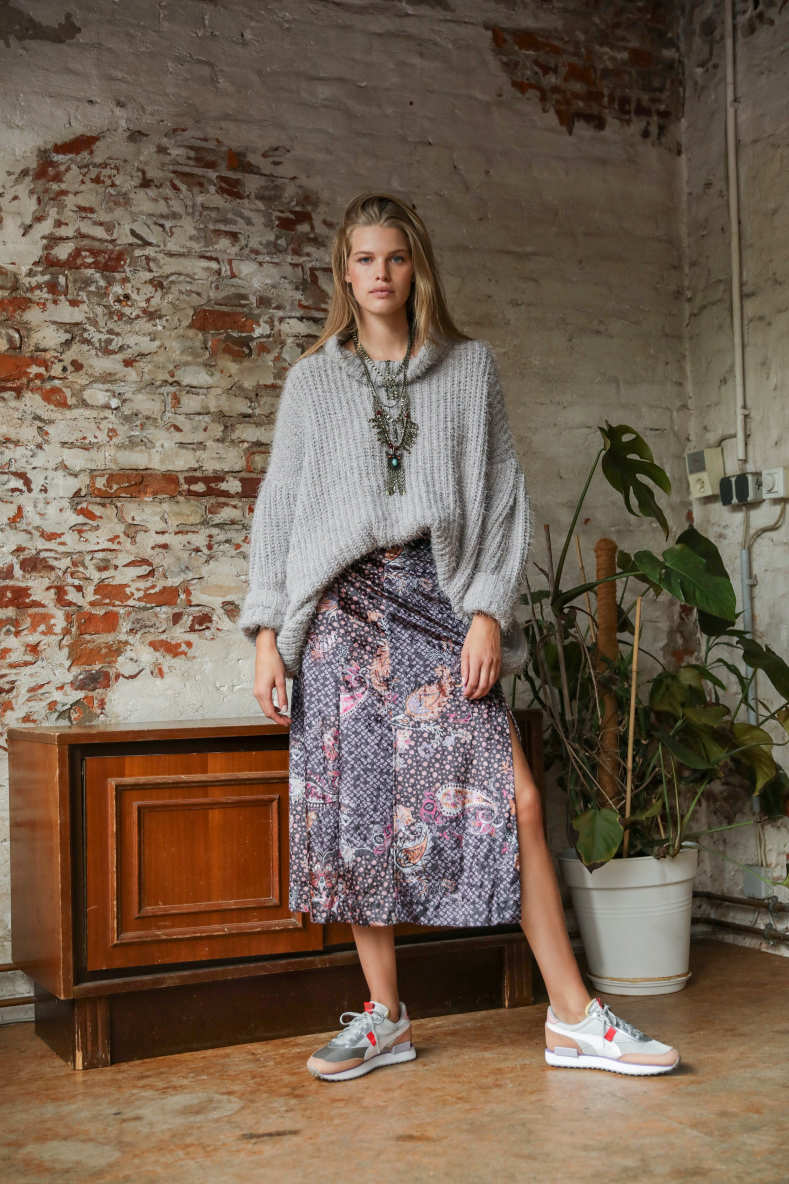 Romano Midi Skirt - Blackbird General Store