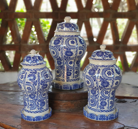 mexican-pottery-decorative-vase-olan-set-blue-ceramic-hand-painted-guanajuato-mexico