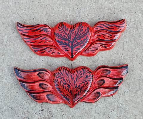 mexican-pottery-heart-wins-ornament-hand-craft