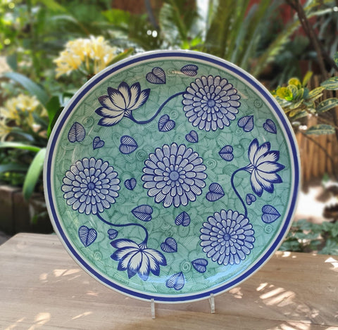 mexican-wall-platters-hand-painted-hand-wheel-folk-art-green-chrysanthemum-gorky-workshop