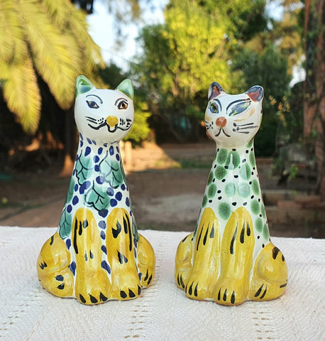 mexican cat salt and pepper decorative pottery table decor