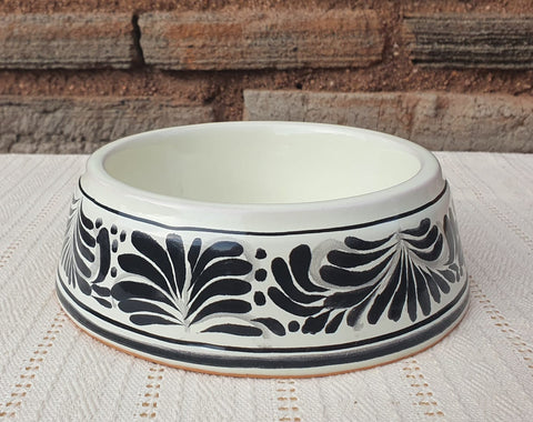mexican-pottery-dog-bowl-hand-thrown-majolica-black
