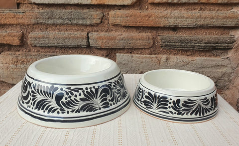 mexican-pottery-dog-bowl-hand-thrown-majolica-black-for-pets