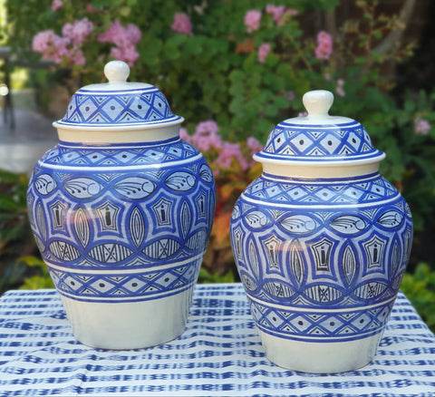 mexico-ceramics-pottery-decorative-vase-home-and-garden-talavera-majolica-hand-thrown-morisco