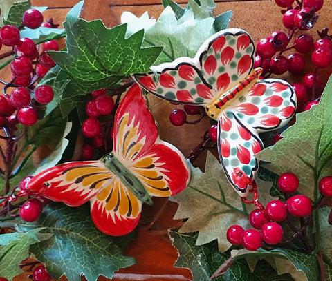 Butterflies-Ornaments-Mexican-Pottery-Ceramics-Handmade- Hand Painted- Gorky Pottery- Christmas-Celebration-Christmas Tree- Decoration-Mariposas-Mariposa Monarca-Art