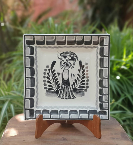 Catrina-Plates-Traditions-Day of the Death-Mexican Culture-Ceramics-Handmade-Hand Painted-Mexican Pottery-Gorky Pottery-Tradicional-Decoration-Kitchen-Table Top- Table Settings- Tebale Set UP- Eat Different