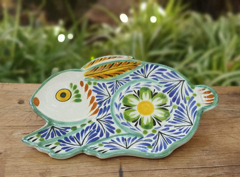 rabbit-plates-ceramic-hand-painted-Mexican-Pottery-Ceramics-Handmade-HandPainted-GorkyPottery-Easter-EasterRabbit-EasterEgg-Pascua-Conejo-Traditions-Tablesetups-Multicolors