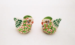Hen Salt and Pepper Shaker Set Green-Yellow Colors