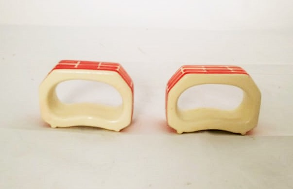 Rectangular Napking Ring Set of 2 red colors