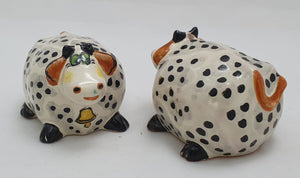 Cow Round Salt and Pepper Shaker Set Points Black